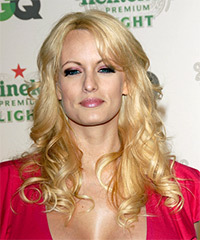 Stormy Daniels Hairstyle - click to view hairstyle information