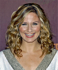 Jennifer Nettles - Long Curly