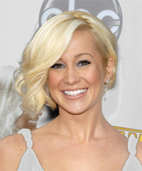 Kellie Pickler - Medium Wavy