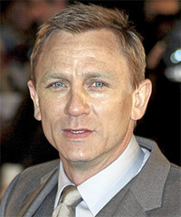 Daniel Craig Hairstyle - click to view hairstyle information