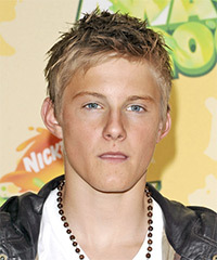 Alexander Ludwig Hairstyle - click to view hairstyle information