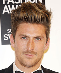 Henry Holland Hairstyle - click to view hairstyle information