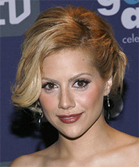 Brittany Murphy - Updo Medium Curly
