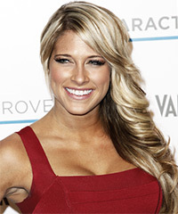 Kelly Kelly Hairstyle