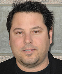 Greg Grunberg Hairstyle - click to view hairstyle information