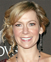 Carrie Preston - Updo Medium Curly