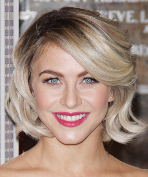 Julianne Hough Medium Wavy   Light Champagne Blonde   Hairstyle with Side Swept Bangs