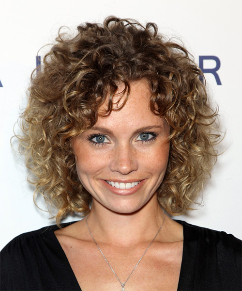 Katie Cooper Medium Curly Casual Hairstyle - Medium Brunette Hair Color