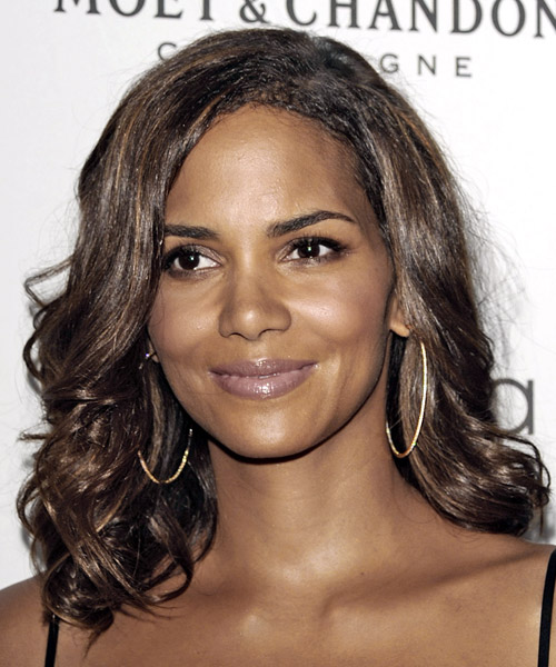 Halle Berry Long Wavy Brunette hairstyle - Dark Skin Tone