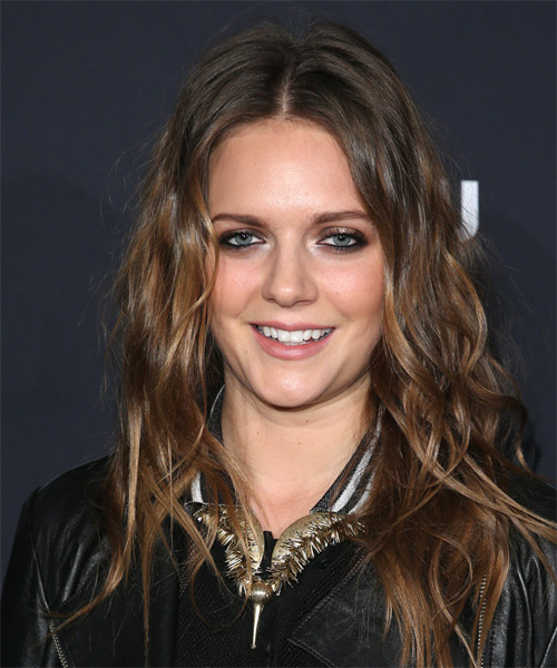 Tove Lo Long Wavy Casual   Hairstyle   - Medium Brunette