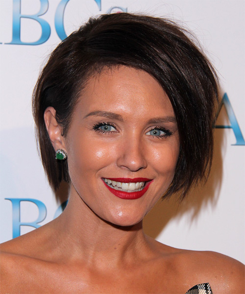 Nicky Whelan Short Straight Casual    Hairstyle   - Dark Brunette Hair Color