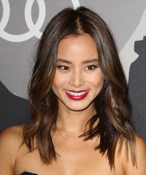 Jamie Chung Medium Wavy Casual   Hairstyle   - Medium Brunette (Chocolate)