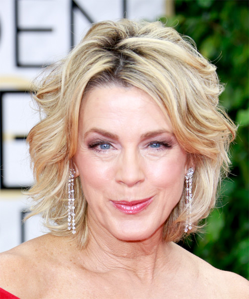 Deborah Norville Medium Wavy Formal    Hairstyle   - Light Blonde Hair Color