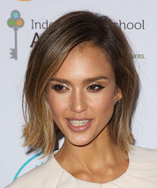 Jessica Alba Medium Straight Casual Hairstyle Brunette And Dark Blonde Two Tone Hair Color