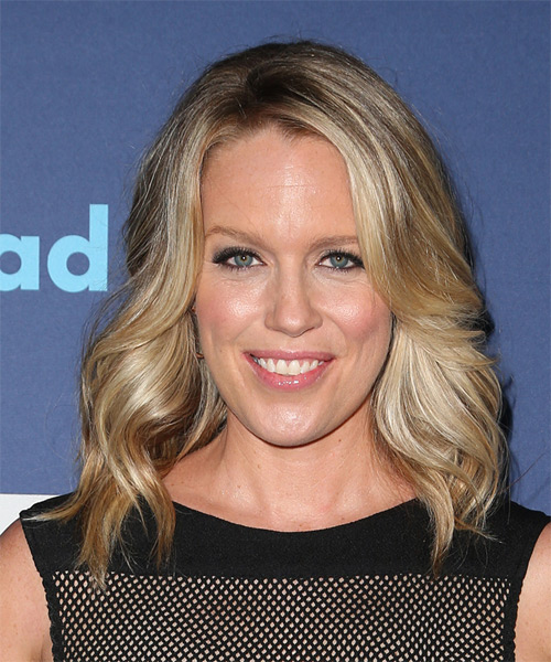 Jessica St Clair Medium Wavy Formal   Hairstyle   - Medium Blonde