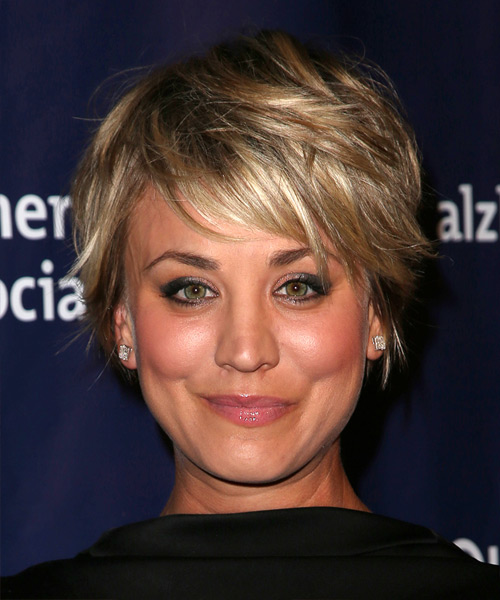 Kaley Cuoco Short Straight   Dark Blonde   Hairstyle with Side Swept Bangs  and Light Blonde Highlights