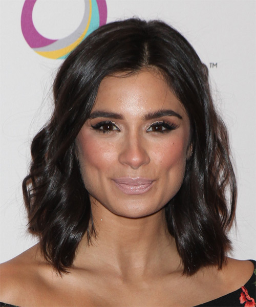 Diane Guerrero Medium Wavy Casual   Hairstyle   - Dark Brunette