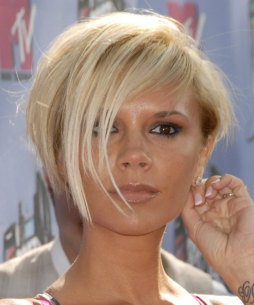 Victoria Beckham Short Straight Casual Layered Bob  Hairstyle with Side Swept Bangs  - Light Blonde Hair Color