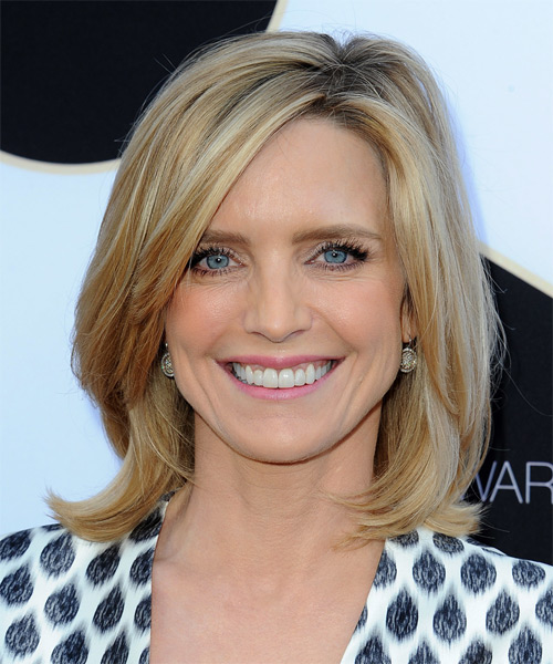 Courtney Thorne Smith Medium Straight Casual   Hairstyle   - Medium Blonde (Golden)