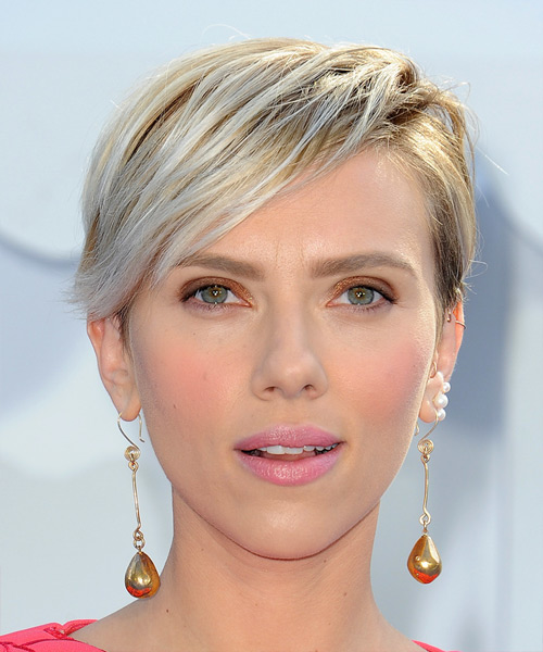 Scarlett Johansson Short Straight Casual    Hairstyle   - Light Blonde Hair Color