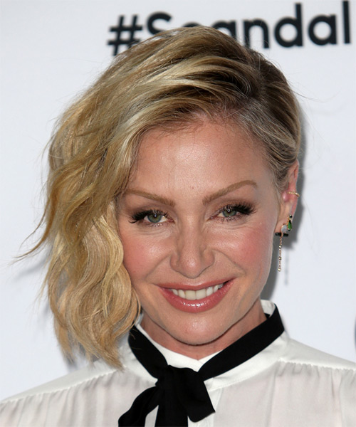 Portia De Rossi Medium Wavy Formal   Hairstyle   - Medium Blonde