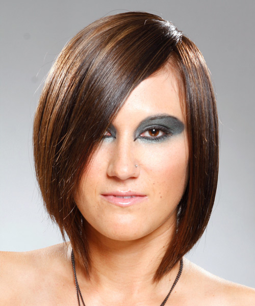 Medium Straight    Brunette   Hairstyle