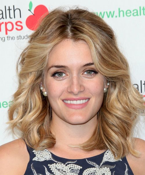 Daphne Oz Medium Wavy Casual   Hairstyle   - Medium Blonde