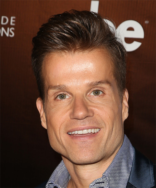 Louis Van Amstel Short Straight Formal   Hairstyle   - Medium Brunette