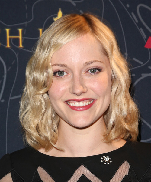 Georgina Haig Medium Wavy Casual    Hairstyle   - Light Blonde Hair Color
