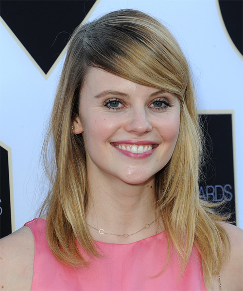 Sarah Ramos Long Straight Casual   Hairstyle with Side Swept Bangs  - Medium Blonde