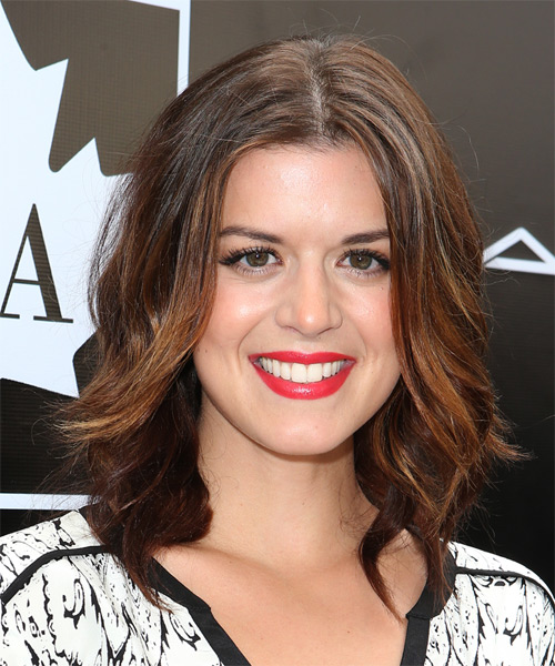 Priscilla Faia Medium Wavy Casual    Hairstyle   - Dark Brunette Hair Color