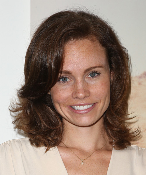 Katie Cooper Medium Straight Casual    Hairstyle   -  Brunette Hair Color