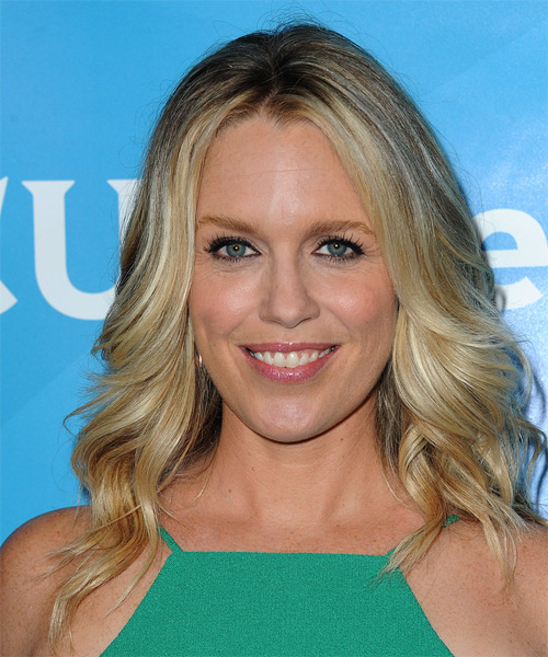 Jessica St Clair  Long Wavy Casual   Hairstyle   - Medium Blonde