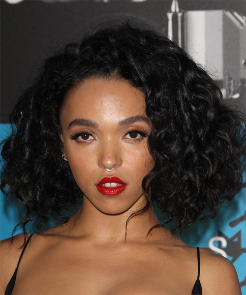 FKA Twigs Medium Curly Casual    Hairstyle   - Black  Hair Color