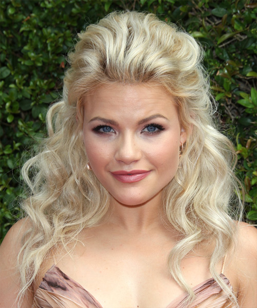 Witney Carson Long Wavy Casual Half Up Hairstyle