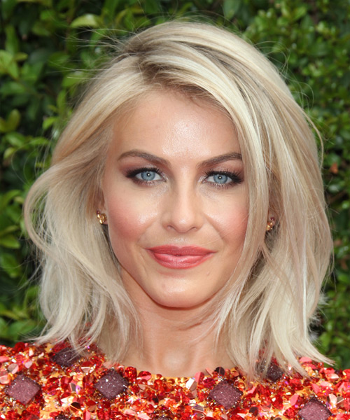 Julianne Hough Medium Straight   Light Champagne Blonde   Hairstyle