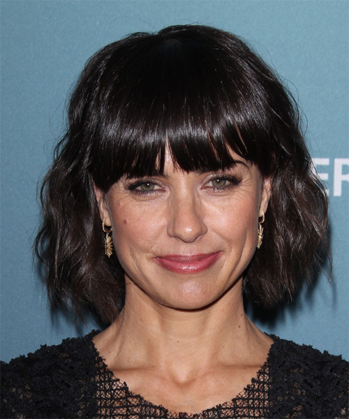 Constance Zimmer Medium Wavy Casual   Hairstyle with Blunt Cut Bangs  - Dark Brunette