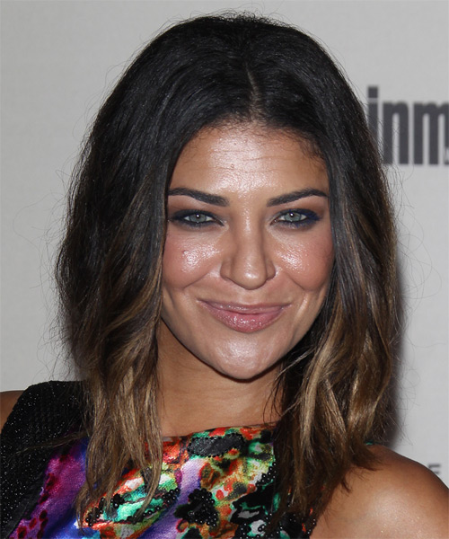 Jessica Szohr Medium Wavy Casual   Hairstyle
