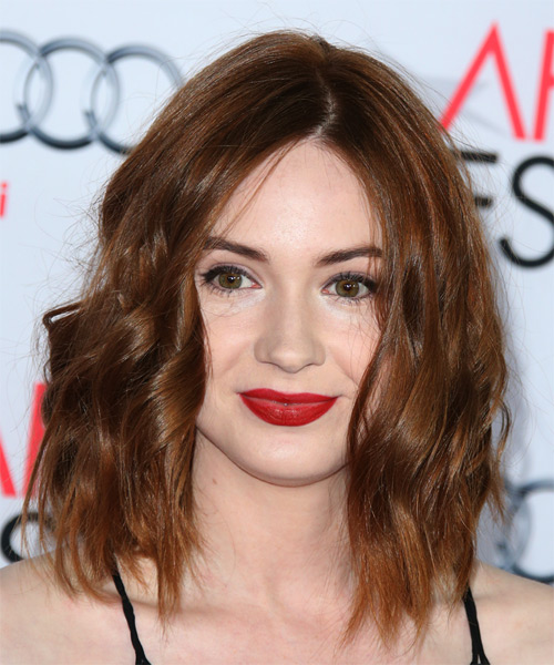 Karen Gillan Medium Wavy Casual   Hairstyle   - Medium Brunette (Auburn)