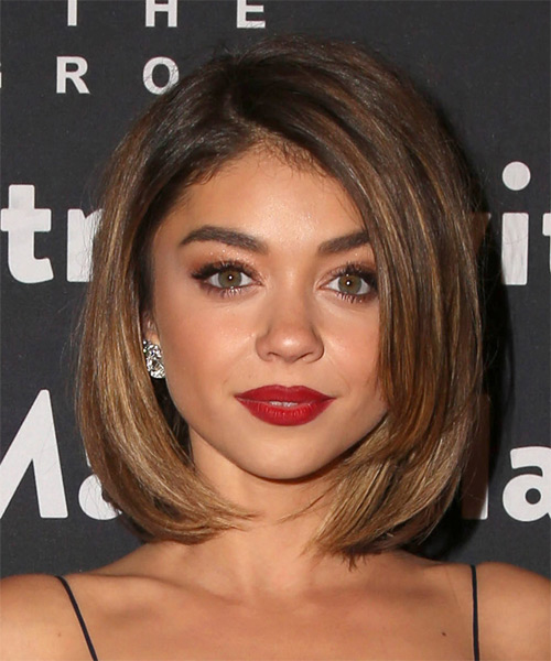 Sarah Hyland Medium Straight Formal Bob  Hairstyle   - Medium Brunette