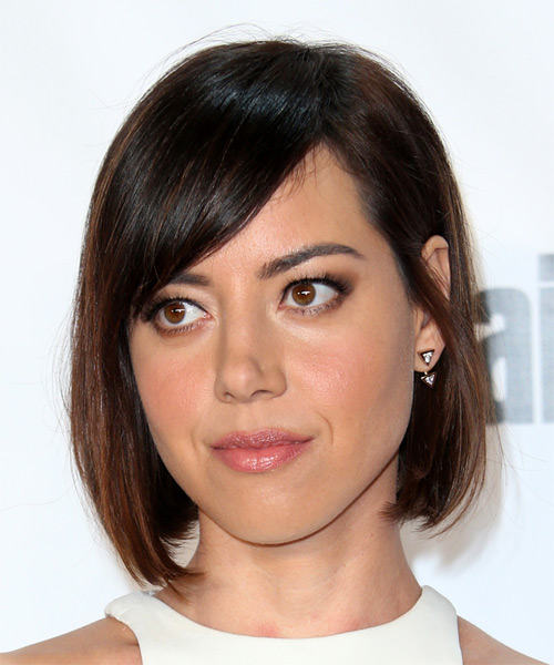 Aubrey Plaza Medium Straight Formal Bob  Hairstyle with Side Swept Bangs  - Dark Brunette