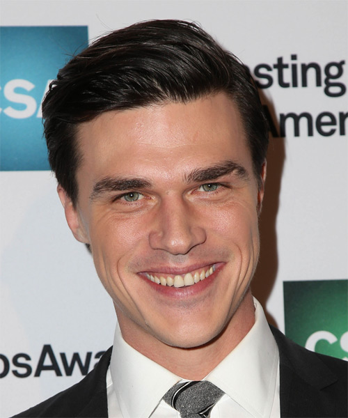 Finn Wittrock Short Straight Formal   Hairstyle