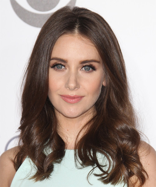 Alison Brie Long Wavy Casual   Hairstyle