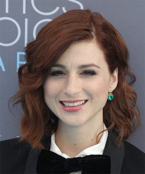 Aya Cash Medium Wavy Casual   Hairstyle