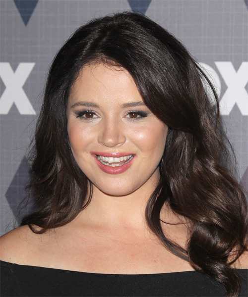 Kether Donohue Long Wavy Casual   Hairstyle