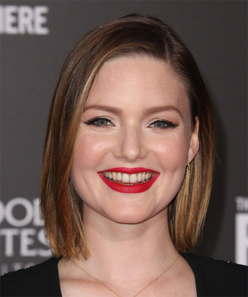 Holliday Grainger Medium Straight Casual Bob  Hairstyle