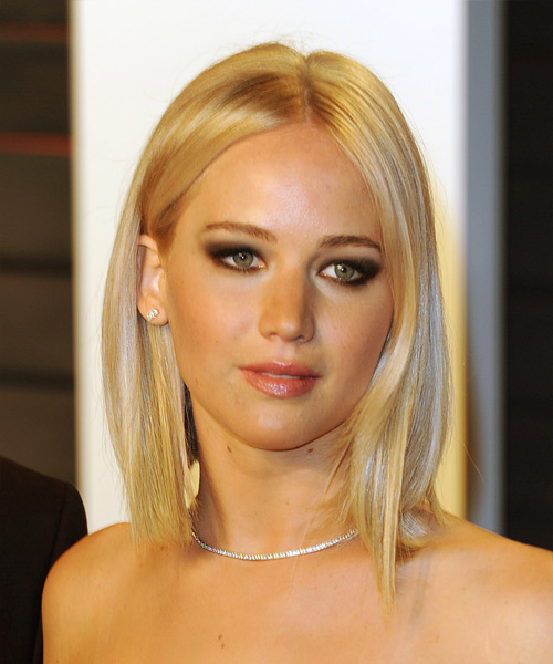 Jennifer Lawrence Medium Straight Casual Bob Hairstyle Light Champagne Blonde Hair Color