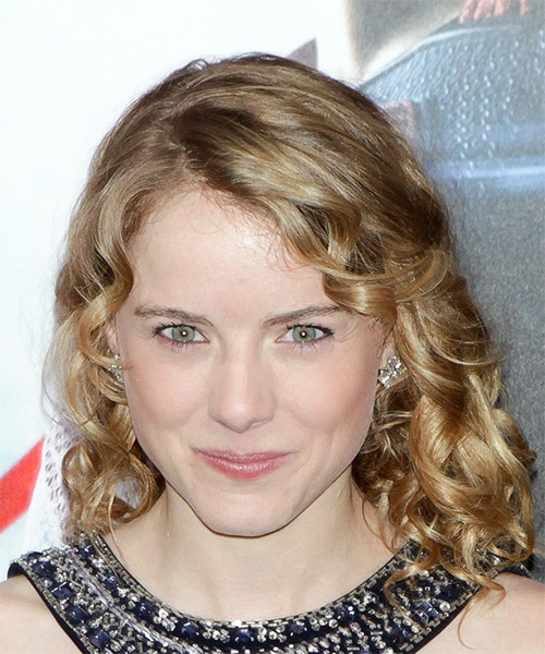 Laura Wiggins Medium Curly Casual   Hairstyle with Side Swept Bangs  - Dark Blonde (Honey)