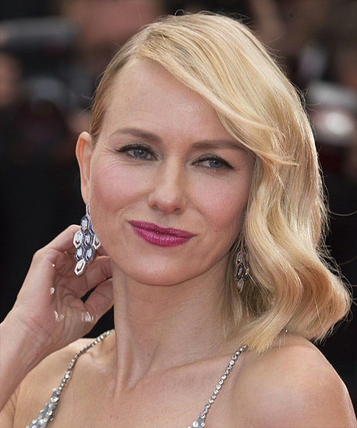 Naomi Watts Medium Straight Casual Bob  Hairstyle with Side Swept Bangs  - Light Blonde