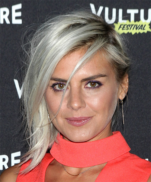 Eliza Coupe Medium Straight Casual   Hairstyle   - Light Blonde (Platinum)